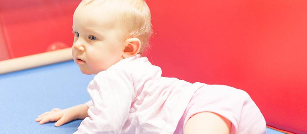 Un enfant pris en charge au Centre d'action médico-sociale précoce