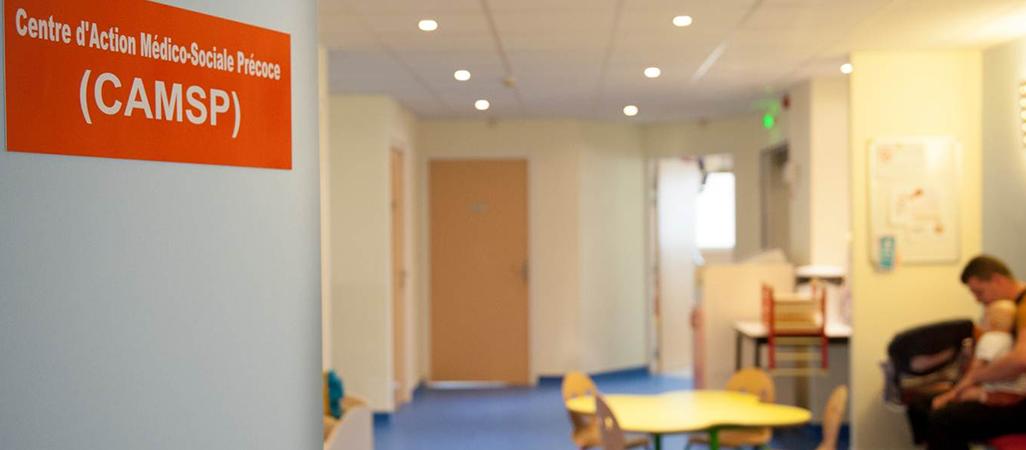 Salle d'attente du Centre d'action médico-sociale précoce