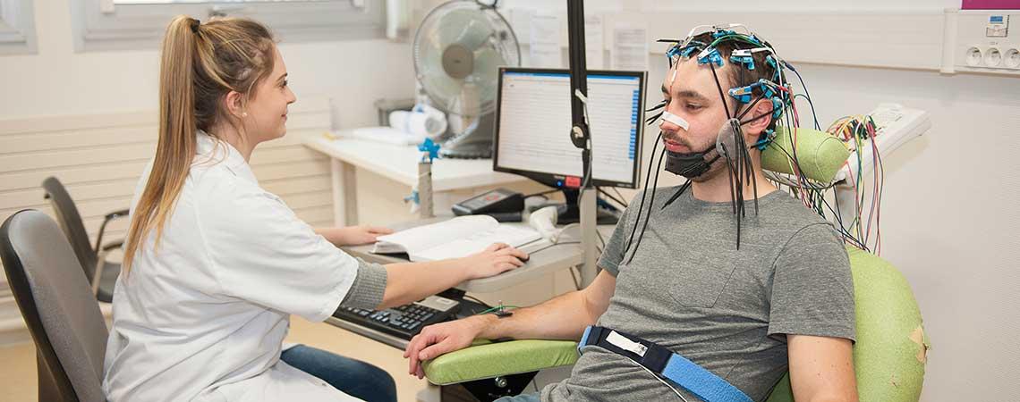 Électroencéphalogramme en neurophysiologie