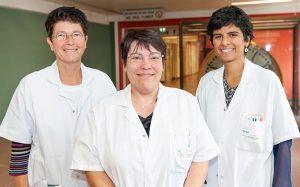Les Drs Evelyne Guegan-Massardier, Aude Triquenot-Bagan et Ozlem Ozkul-Wermester de l'unité neuro-vasculaire du service de neurologie