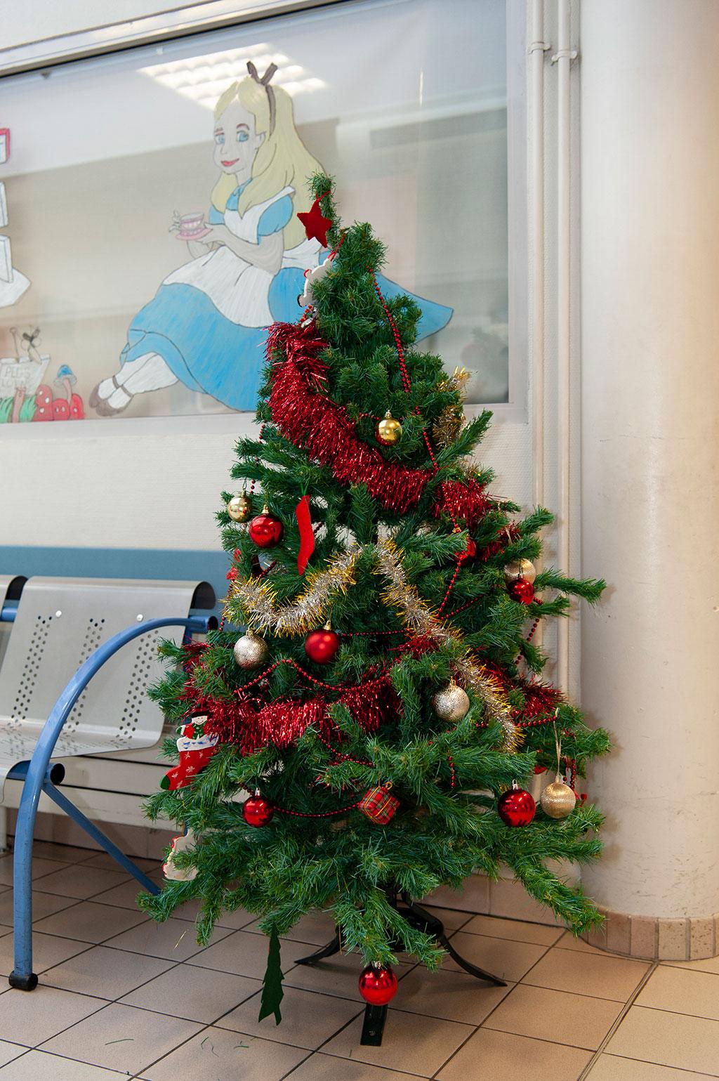Le sapin de Noël des urgences pédiatriques (2)