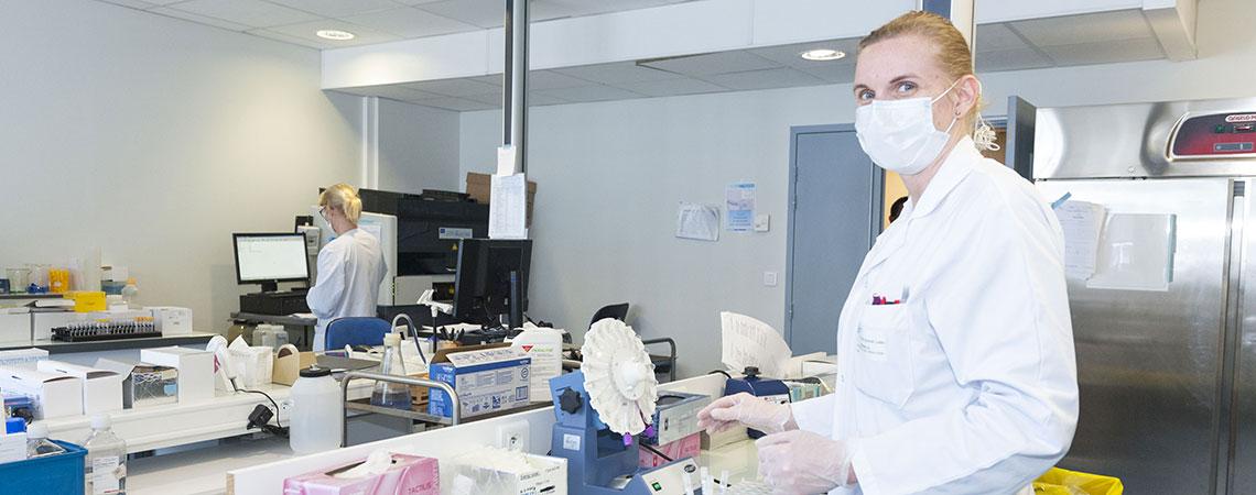 Covid-19 : laboratoire de virologie