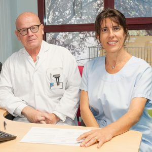 Portrait de Louis Sibert, urologue et de Carine Jego, infirmière experte sexologue